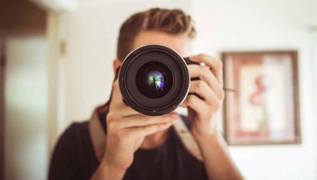 Fotograaf maakt foto met juiste geheugenkaart